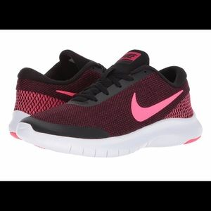 Nike Women's Flex Experience Running Shoe  US 6.5
